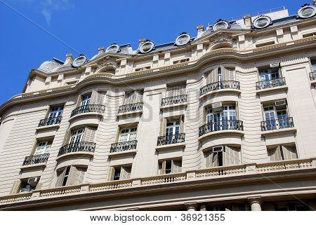 Building of downtown Buenos Aires