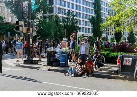Washington D.c., Usa - May 31, 2020: Protest Black Lives Matter Protesters March After Death George