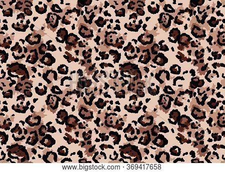 Seamless Leopard Fur Pattern. Fashionable Wild Leopard Print Background. Modern Panther Animal Fabri