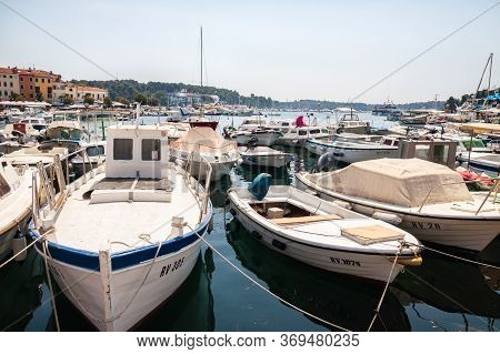 Rovinj, Croatia - August 22, 2012: Motor Boats And Yachts On The Water In The Port Of Rovinj On The