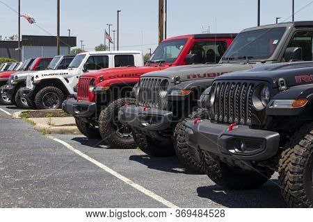 Indianapolis - Circa June 2020: Jeep Wrangler Display At A Chrysler Jeep Dealership. The Subsidiarie