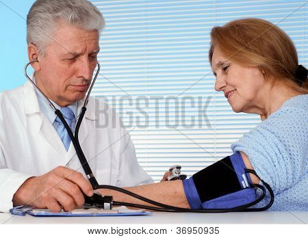 Tops doctor and his patient