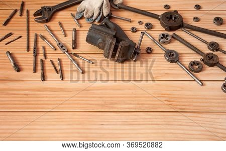 Old Equipment For Manual Cutting Of External And Internal Threads. Locksmith Vises, Dies And Taps Of
