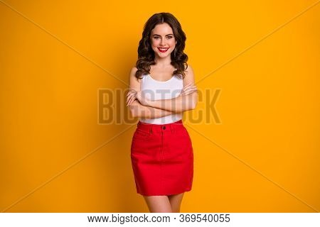 Photo Of Funny Pretty Cheerful Wavy Lady Arms Crossed Self-confident Person Business Woman Wear Whit