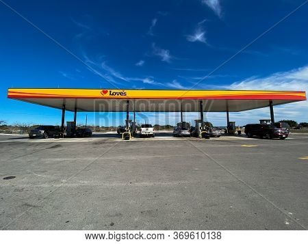 Sonora, Tx/usa - 2/24/20:  A Love's Truck Stop Gas Station In Sonora, Texas.