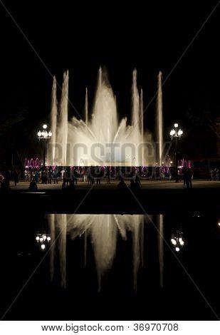 Montjuc fountain at night