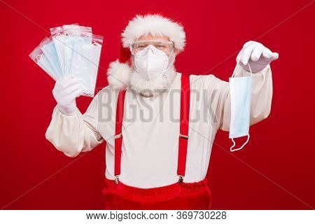 Photo Of Old Merry Santa Business Man Flu Medical Respirators Epidemic Internet Website Order Offer