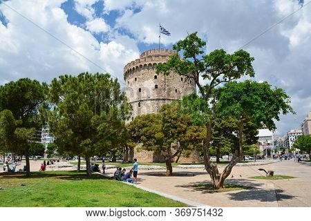 Thessaloniki, Greece - May 29, 2017: The White Tower Of Thessaloniki Is A Monument And Museum On The