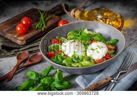 Organic Egg Benedict With Salad