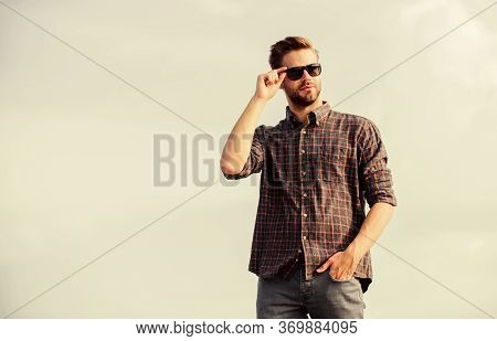Handsome Macho. Men Beauty And Sexuality. Real Men. Macho Man Unshaven Face. Male Fashion Style. Loo