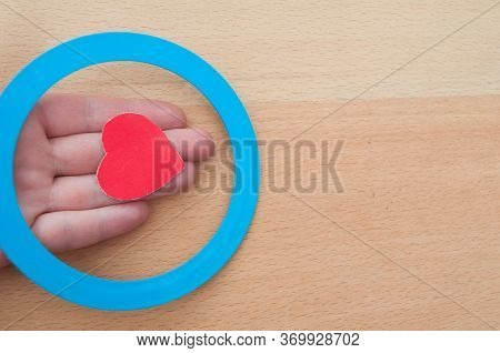 Hand Hold Heart And Blue Circle - Diabetes Concept. Diabetes Awareness. World Diabetes Day.