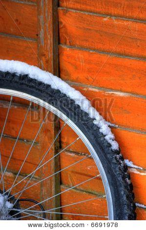 Snowy Wheel