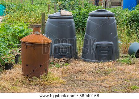 Garden Incinerator And Black Compost Bins