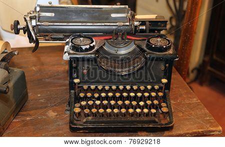 Ancient Black Rusty Typewriter With Round  Keys
