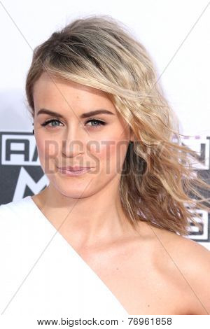 LOS ANGELES - NOV 23:  Taylor Schilling at the 2014 American Music Awards - Arrivals at the Nokia Theater on November 23, 2014 in Los Angeles, CA