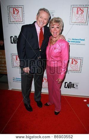 LOS ANGELES - MAR 29:  Bob Mackie, Mitzi Gaynor at the 28th Annual Gypsy Awards Luncheon at the Beverly Hilton Hotel on March 29, 2015 in Beverly Hills, CA