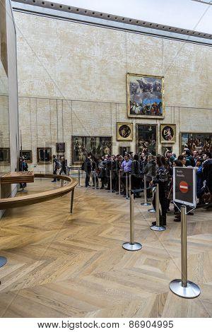Visitors Take Photo Of Leonardo Davinci's