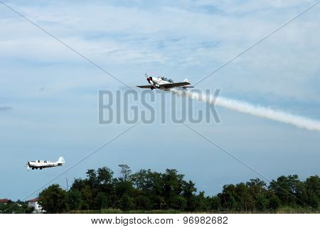 Thiene, Vicenza - Italy. 26Th July, 2015: Intrepid Pilots Greet From The Plane