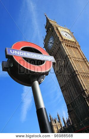 London Underground sign & Big Ben