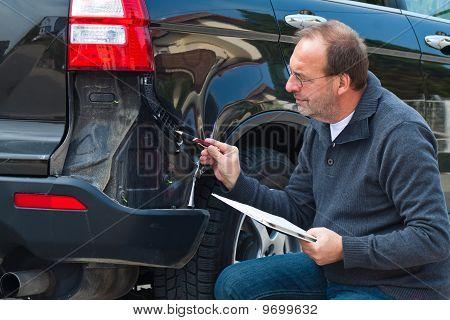 Reivindicação de seguro do carro. Seguro de carro