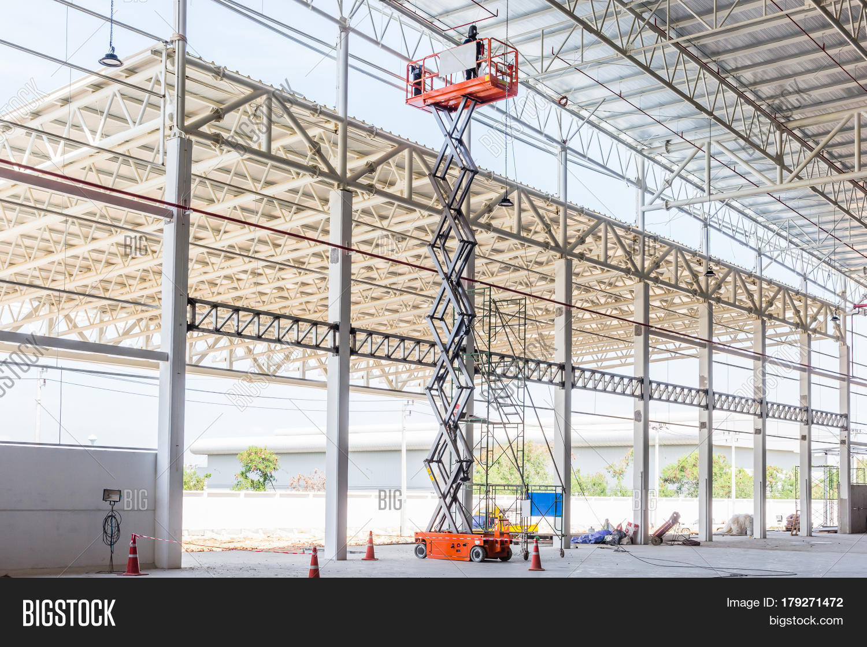 Scissor Lift Platform Image & Photo (Free Trial) | Bigstock