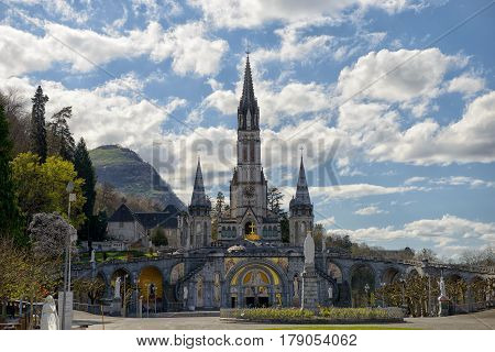 a view of the cathedral in Lourdes France