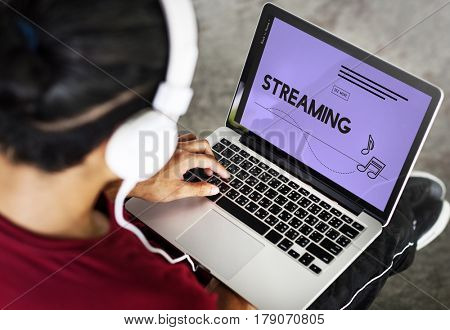 Entertainment Musical Note Streaming Graphic