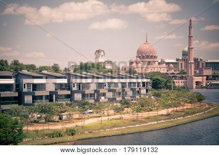 PUTRAJAYA, MALAYSIA - FEBRUARY 08, 2015: Putra Mosque in Putrajaya, the new administrative center of Malaysia