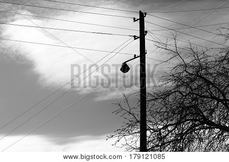 Vertical black and white power line background hd
