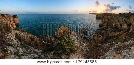 Ponta Da Piedade Coast (algarve, Portugal).