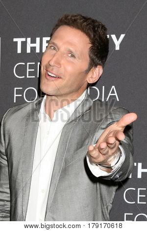 LOS ANGELES - MAR 29:  Mark Feuerstein at the