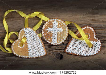 Gingerbread Heart-shaped
