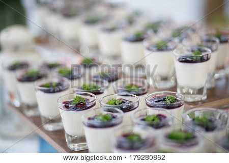The blueberry panna cotta recipes for party