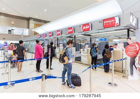 Bangkok - Mar 29: Tourists Waiting For Check In For Air Asia Airline At Don Mueang International Air