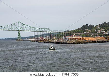 A Tugboat Toward the Astoria Oregon Bridge
