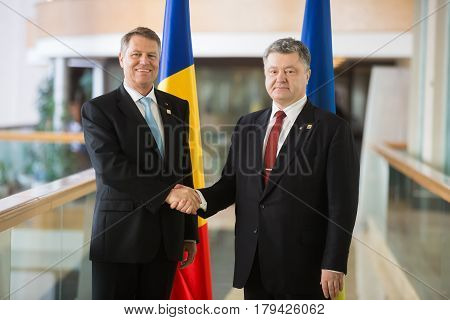 Petro Poroshenko And Klaus Johannis