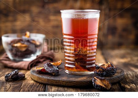 Prune drink dried plums extract fruits beverage