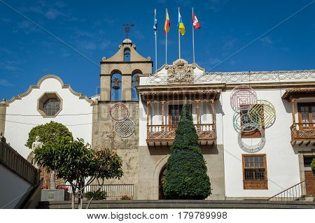 Icod de los Vinos historical center and bell tower. Tenerife island, Spain.