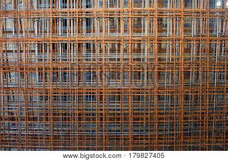 Tens of grid armatures in Novi Sad