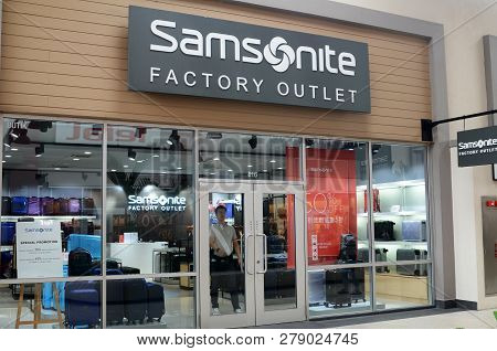 Genting Highlands, Malaysia- Dec 03, 2018 : Samsonite Store In Genting Highlands Premium Outlet, Mal