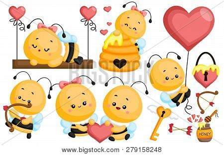 A Vector Images Of Bee In Loves