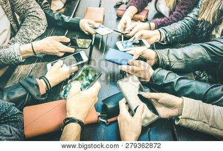 People Hands Having Addicted Fun Together Using Smartphone - Millenial Sharing Content On Social Med