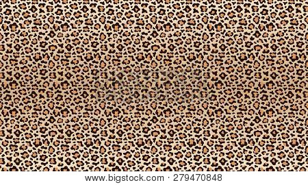 Leopard Print Pattern. Seamless Pattern Of Leopard Skin. Fashionable Cheetah Fur Texture. Vector