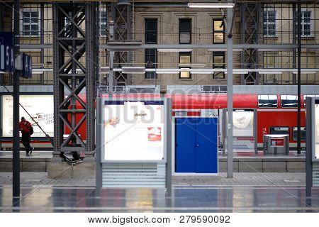 Frankfurt, Germany - November 24: The Interior Of Frankfurt Main Railway Station With Passengers Bet