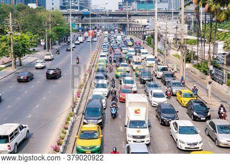 Bangkok, Thailand -january 10,2020 : Transport Environmental Pollution, Traffic Jam In Rush Hour In