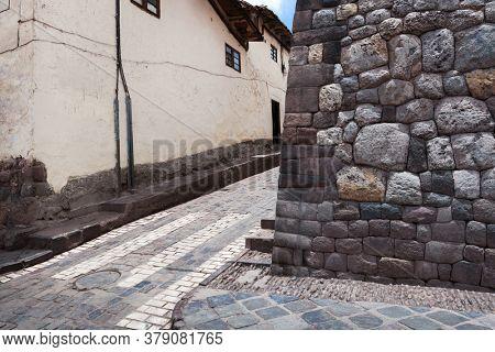 Pedestrian crossing in the old town. Cusco. Peru.