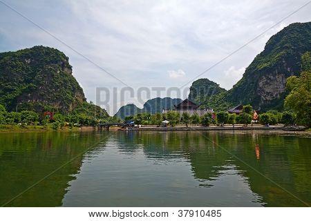 Terrestrial Ha Long Bay, Trang An, Ninh Binh, Vietnam