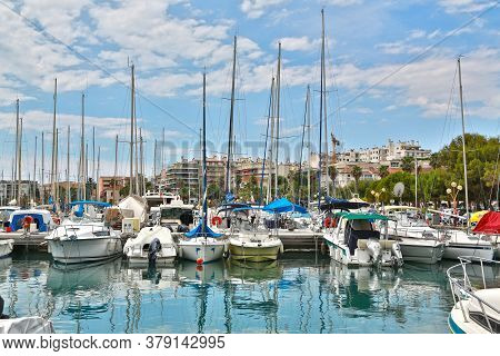 Antibes, France - June 16, 2014: Parking Of Pleasure Boats And Sea Yachts In The Harbour