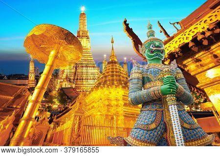 Travel Concept:  Wat Phra Kaew (temple Of The Emerald Buddha), Wat Phra That Doi Suthep And Wat Arun