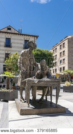 Salamanca, Spain, July 2020 - Statue Dedicated To Conde Francos, The Builder Of The Plaza Mayor In T
